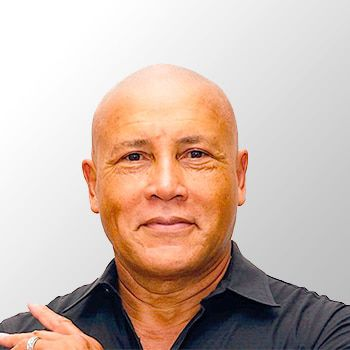 Dr. Roy Martina